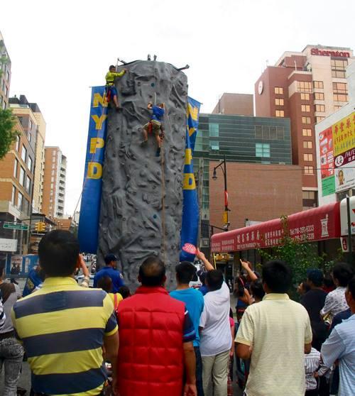 Flushing BID Street Festival2
