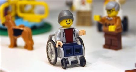 lego-wheelchair-boy001