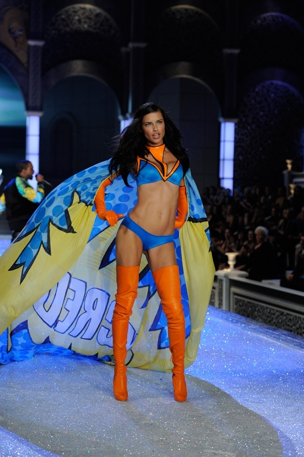 adriana_lima_in_hero_cape_2011