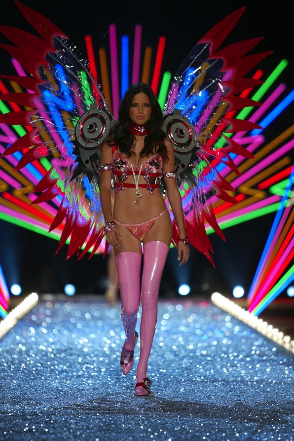 adriana_lima_neon_speakers_